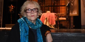 Tritek y su lugar en el mundo: el teatro. Trata a los actores como una abuela cariñosa.FOTOS: GUSTAVO CARABAJAL