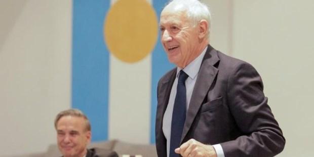 Lavagna confirmó que será candidato a presidente