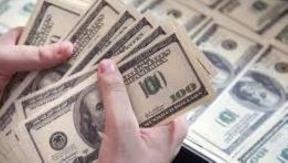 """En diciembre más de dos millones de personas podrán acceder nuevamente a la compra del """"dólar bolsa"""""""