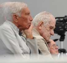 Bignone y Riveros se negaron a declarar en el juicio