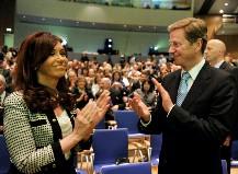 La Presidenta destacó en Alemania el PBI que Argentina destina a Educación