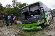 Murió el dueño de una empresa de micros al chocar en su camioneta con un ómnibus de su compañía