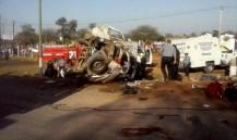 Santiago del Estero: once muertos y siete heridos tras un choque frontal entre un camión y una combi
