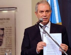 """Argentina sale de la denominada """"lista gris"""" de países sospechosos en cuanto al control del lavado de dinero"""