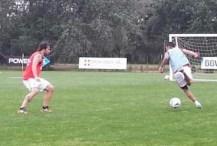 Cavenaghi hizo fútbol en espacios reducidos