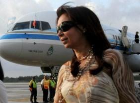 La Presidenta realiza una imprevista escala en Granada antes de llegar a Rusia