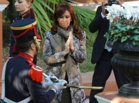 La Presidenta depositó en el Museo Histórico Nacional el sable corvo de San Martín