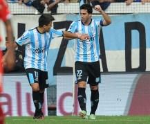 Milito guió a Racing para festejar en el clásico ante Independiente