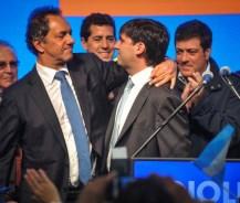 """Scioli se comprometió a """"seguir dando más derechos"""" previsionales"""