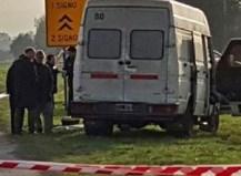 Hallan asesinado a un hombre de un tiro en cabeza en su camioneta en la autopista Ezeiza-Cañuelas