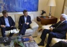 Macri almorzó con el premio Nobel Mario Vargas Llosa