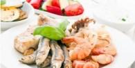 Muchos alimentos todavía tienen sal añadida, incluso aquellos que no necesariamente tienen gusto salado como helados, gelatinas, galletas y premezclas