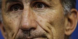 La actitud de Edgardo Bauza al término del partido con Chile, es para un análisis riguroso y serio.