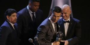 Cristiano Ronaldo premiado por la FIFA como el mejor jugador del año