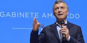 Macri encabezó una reunión de gabinete ampliado en el Centro Cultural Kirchner (CCK).