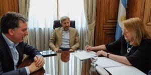 Frigerio recibió a Alicia Kirchner que firmó el acuerdo fiscal