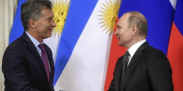 """Macri se reunió con Putin y destacó la importancia de incrementar la """"cooperación"""" entre Argentina y Rusia"""