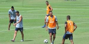 Los colombianos Barrios, Cardona y Fabra se reincorporaron al plantel de Boca y serán titulares