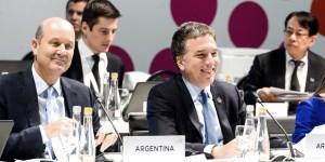 Dujovne, y Sturzenegger, dieron la bienvenida a sus pares del G20 para dar inicio a la cumbre que se celebra hasta mañana en el Centro de Exposiciones