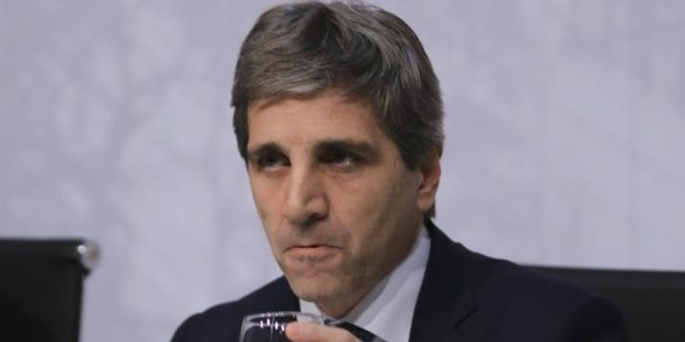 Caputo renunció a la presidencia del Banco Central