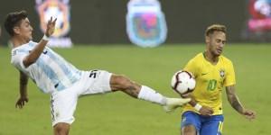 Dybala tiene potencial para ser un fenómeno, pero en la Selección es uno más.