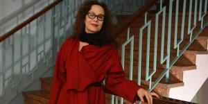 """Diana Theocharidis afirma que la gente está siempre interesada en ver teatro: """"Como país estamos atravesados en una crisis que también influye, claro."""