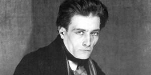 El volumen contiene alucinaciones, profecías y desvaríos de Artaud.