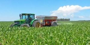 Por la devaluación, se disparó el precio de los fertilizantes